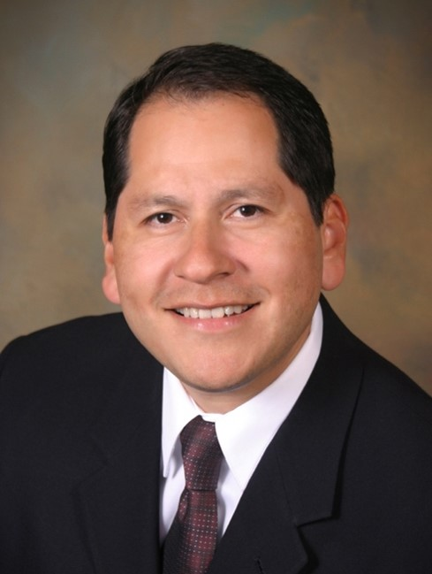 Christopher Flores, MD headshot